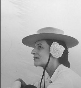 Diana Vreeland - far from plain
