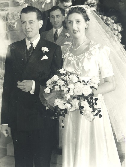 Margaret-and-Gough-Whitlam-wedding